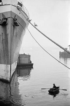 The bow of a ship, (Photo via Vancouver Archives) Boat, Ship, History, City, Image, Nautical, Canada, Navy Marine, Historia