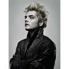 Gerard Way ❤ liked on Polyvore featuring bands, pictures, mcr, my chemical romance and gerard way