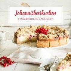Klassischer Käsekuchen ist ja schon lecker. Mit Johannisbeeren verfeinert wird er jedoch zur sommerlich-sauren Nascherei der Extraklasse.