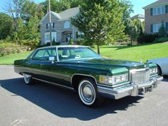 1975 Cadillac Sedan deVille Maintenance/restoration of old/vintage vehicles: the… Old American Cars, American Classic Cars, Cadillac Eldorado, Cadillac Escalade, Old School Cars, Buick, Luxury Cars, Vintage Cars, Cool Cars