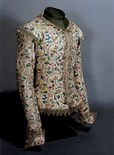 Jacket that goes with the Margaret Layton portrait Made in England and altered in Linen, embroidered with coloured silks, silver and silver gilt thread. 17th Century Clothing, 17th Century Fashion, Historical Costume, Historical Clothing, Vintage Outfits, Vintage Fashion, Antique Clothing, Period Costumes, Looks Style