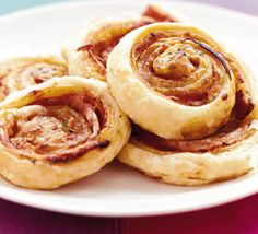 Puff Pastry Pizza Wheels