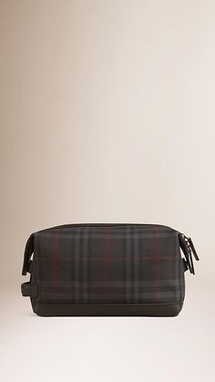 Charcoal/black Horseferry Check and Leather Washbag - Image 2