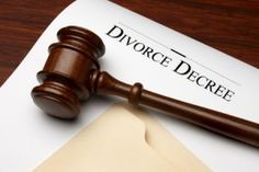 Learn more about what happens to student loans in a divorce from Chicago divorce lawyer Michael Meschino. (847) 991-7090