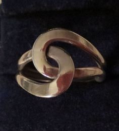 "Conversation Pieces * Silver Swirl Ring   - $28.00 * • modern design• interlock pattern• size 9.75• front measures: .5"" wide Conversation Pieces, Heart Ring, Modern Design, Silver Rings, Pattern, Shopping, Jewelry, Jewlery, Jewerly"
