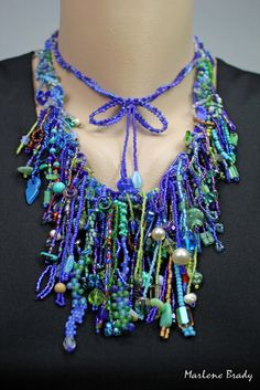 Marlene Brady, It's All About Creating: Beadwork. Wonderful fringe!