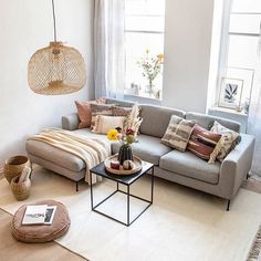 How is it that boys and girls reach possess many of the pleasurable when it Living Room With Fireplace, Home Living Room, Living Room Designs, Bedroom Couch, Studio Apartment Decorating, Unique Home Decor, Decoration, Room Decor, Interior Design