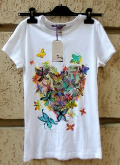 "Hand-painted t-shirt. Tricou pictat ""Heart Shaped Butterflies"""