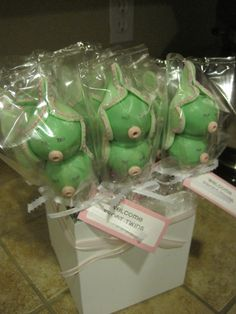 two peas in a pod, twin girl baby shower cake pops