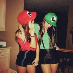bff halloween costumes Image re - halloweencostumes Halloween Duos, Best Friend Halloween Costumes, Hallowen Costume, Couple Halloween Costumes For Adults, Cute Costumes, Halloween 2018, Halloween Outfits, Mario And Luigi Halloween Costume, Group Costumes