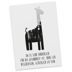 Postkarte Giraffe aus Karton 300 Gramm  weiß - Das Original von Mr. & Mrs. Panda.  Jedes wunderschöne Motiv auf unseren Postkarten aus dem Hause Mr. & Mrs. Panda wird mit viel Liebe von Mrs. Panda handgezeichnet und entworfen.  Unsere Postkarten werden mit sehr hochwertigen Tinten gedruckt und sind 40 Jahre UV-Lichtbeständig. Deine Postkarte wird sicher verpackt per Post geliefert.    Über unser Motiv Giraffe  Rekord: Giraffen sind die höchsten landlebenden Tiere der Welt. Männchen können…