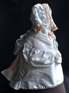 """Antique reproduction lined silk Fashion doll dress for 16"""" doll. On Etsy."""