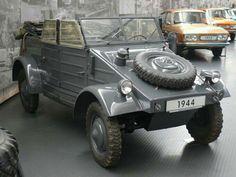 Volkswagen, Bus Engine, Safari, T1 Bus, Vw Vintage, Convertible, Military Equipment, Military History, Motor Car