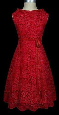 Vestido encaje rojo.