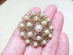 Krementz Cultured Pearl Brooch just beautiful by GingersLittleGems, $30.00