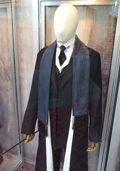 Percival Graves Fantastic Beasts film costume detail
