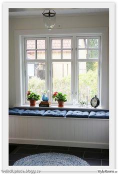 borås tapeter,platsbyggd bänk,platsbyggd soffa,herbarium,farstufönster