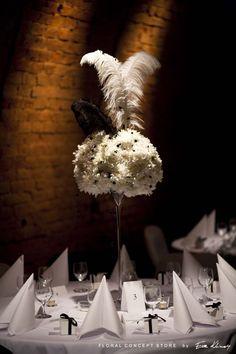 wesele-black-white-forty-floral-concept-store-by-eva-klimek (7) Aga, Chandelier, Concept, Ceiling Lights, Black And White, Store, Floral, Home Decor, Candelabra