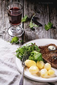 Grilled steak with potatoes by Natasha Breen on 500px