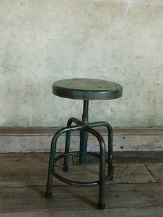 chair WØ330mmxH560mm