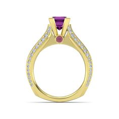 Pink tourmaline and rhodolite garnet set in yellow gold: the Aurora Ring customized perfectly.