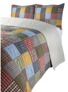 Nice patchwork quilt for my rustic room decor