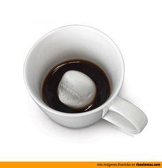 Tazas de cafe originales: Tiburón.