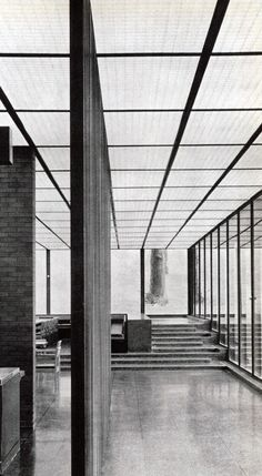 Eero Saarinen. Deere & Company, Moline, Illinois. 1963