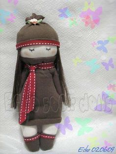 Cool Crafts Made With Old Socks - How to Make a Girl Sock Doll - Fun DIY Projects and Gifts You Can Make With A Sock - Easy DIY Ideas for Teens, Teenagers, Kids and Adults - Step by Step Tutorials and Instructions for Making Room Decor, Animals, Cat, Rabbit, Owl, Puppets, Snowman, Gloves http://diyprojectsforteens.com/diy-crafts-ideas-socks #catsdiyideas #easycraftsforteenstomake #diycraftsforgifts