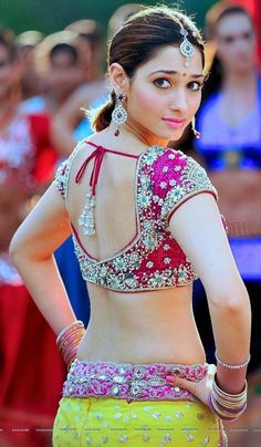Bollywood fashion 824299538033501272 - Source by pierrenicollaud Bollywood Actress Hot Photos, Indian Actress Hot Pics, Indian Bollywood Actress, Bollywood Girls, Beautiful Bollywood Actress, Most Beautiful Indian Actress, Beautiful Girl Indian, South Indian Actress, Bollywood Fashion