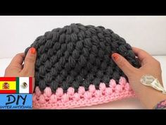Crochet Hat Tutorial -Crochet Puff Stitch Hat Crafting - crochet hat for beginners (step by step). In this video I wil show you how to crochet a simple hat for beginners! To help you find products faster, we will link Puff Stitch Crochet, Crochet Puff Flower, Crochet Hook Set, Crochet Cap, Crochet Gifts, Diy Crochet, Crochet Newsboy Hat, Newborn Crochet, Knitted Hats