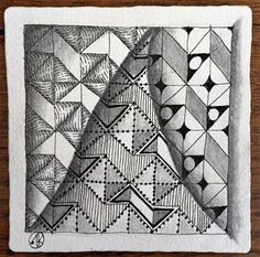 Antonine Tangles: Diva Challenge #258 Rautyflex, SQ1 Yuma and Zonked, Zentangle Primer, and Spring has come to the Valley!