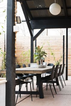 Patio Overhaul Reveal!! � Vintage Revivals Creating a functional outdoor space with modern boho outdoor furniture.  #patio #outdoorfurniture