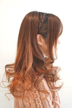 Hairstyles 2014 - down do with culrs and braids | ヘアスタイル 2014 - 巻き髪+ワンポイント編み込み(ヘアスタイリスト 前田 真吾)