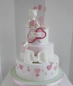 Torta Baby Girl Birthday Cake, Baby Girl Cakes, Fondant Cake Designs, Fondant Toppers, Sofia Cake, Dummy Cake, Bow Cakes, Mermaid Cakes, Party Decoration