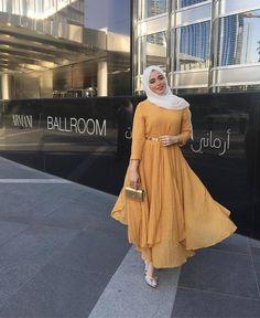 Islamic Fashion, Muslim Fashion, Modest Fashion, Fashion Outfits, Unique Fashion, Fashion Trends, Street Hijab Fashion, Abaya Fashion, Hijabs