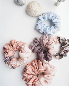 tiny, small and large - there's one for every size 🍨🍦🍬   scrunchies  .  .  .  #scrunchie #scrunchies #hairband #hairbands #handmade #handmadehairaccessories #hairaccessories #hair #madeindenmark #madeathome #madewithlove #elastikker #morogbarn