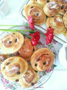 Le Millefoglie Palermitane sono un dolce lievitato tipico della tradizione…