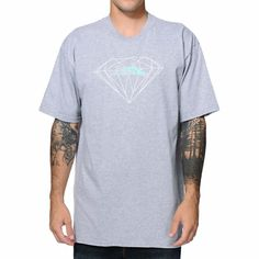 Lakai Footwear x Diamond Supply Co. come together for this ridiculous tee shirt collaboration for guys. Coming in heather black the chest features a white Diamond outline logo with a mint Lakai logo at the center. The back of the tee features both brand logos screened in white.