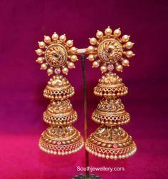 Bridal Jewelry Vintage, Wedding Jewelry, Gold Jewelry, Indian Jewellery Design, Indian Jewelry, Jewelry Design, Gold Buttalu, Bridal Bangles, Gold Earrings Designs