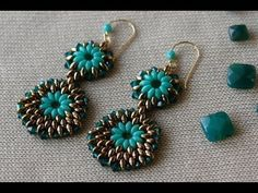 #DIY Vídeo 26 minutos - YouTube - ▶ Superduo earrings - by Sidonia's Handmade Jewelry - SIDONIA PETKI