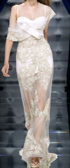 Zuhair Murad Haute Couture this could be a beautiful wedding dress. Not sure about the belt/bow. Couture Mode, Style Couture, Couture Fashion, Runway Fashion, Net Fashion, High Fashion, Zuhair Murad, Beautiful Gowns, Beautiful Outfits