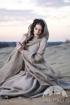 """Wanderer"" Dress Robe"