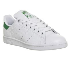 Adidas Stan Smith (£70) ❤ liked on Polyvore featuring shoes, sneakers, trainers, unisex sports, white green spot embossed, white tennis shoes, white tennis sneakers, white shoes, tennis trainer and sport sneakers