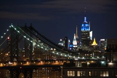 Empire State Building lit up in Blue in honor of the New York Giants!  Go G-Men!