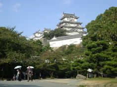 LANDMARK // Himeji (姫路) is most famous for its magnificent castle, Himeji Castle, widely considered to be Japan's most beautiful surviving feudal castle. The castle is designated both a national treasure and a UNESCO world heritage site. #Japan
