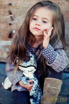 Zapraszam Was na spacer… Beautiful Little Girls, Cute Little Girls, Beautiful Children, Beautiful Babies, Cute Kids, Cute Young Girl, Cute Baby Girl, Cute Babies, Cute Baby Pictures