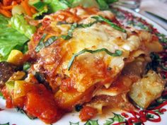 Roasted Vegetable Lasagna - A Hint of Honey This is very close to the one I used to make. Can't find the recipe:(