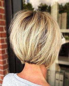 Back-Of-Short-Bob Latest Short Hairstyles for Women 2019 - Latest Short Hairstyles, Bob Hairstyles For Fine Hair, Layered Bob Hairstyles, Hairstyles For Round Faces, Hairstyles With Bangs, Trending Hairstyles, Prom Hairstyles, School Hairstyles, Everyday Hairstyles