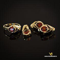 Bijuteria Athena - Photo credit: VisualBrand Photo Credit, Cufflinks, Accessories, Fashion, Moda, Fashion Styles, Wedding Cufflinks, Fashion Illustrations, Jewelry Accessories